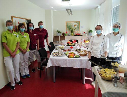 Mitarbeiterfrühstück im Vitalis Senioren-Zentrum Bernhard