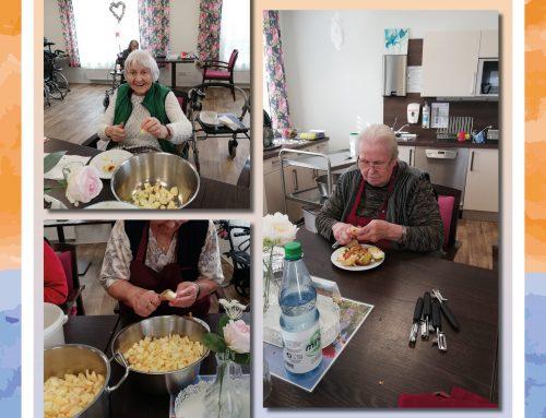 Selbst gemachter Apfelmus für unsere Senioren in Grebenstein